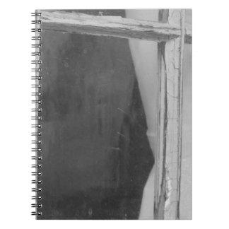 Cristal de ventana del vintage libro de apuntes con espiral