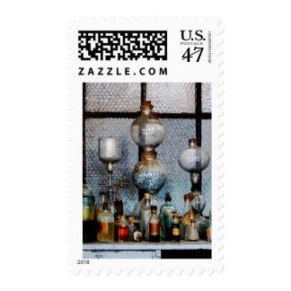 Cristalería de laboratorio sello postal
