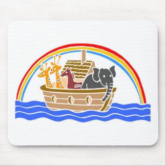 Cristiano artwork_4 de la arca de Noah Tapetes De Ratones