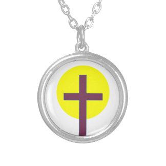 Cristiano de Pascua él es cruz subida con Sun Grímpola