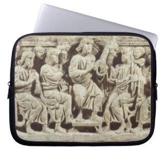 Cristo asentó y enseñanza rodeada por el Apost Fundas Computadoras