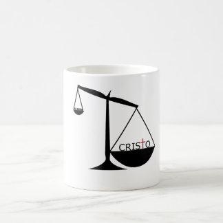 Cristo es mayor que religión - taza coffee mug