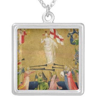 Cristo glorificó en la corte del cielo, 1423-24 collar plateado