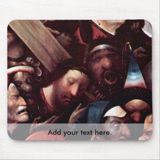 Cristo que lleva la cruz tapetes de ratón