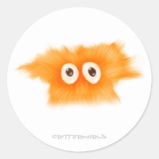 Critter amarillo de Fluffball Pegatina Redonda