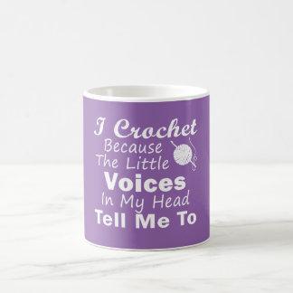 Crochet porque las pequeñas voces taza de café