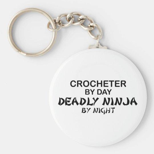 Crocheter Ninja mortal por noche Llavero Redondo Tipo Pin