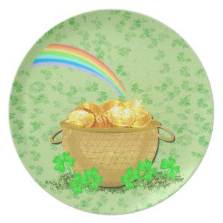 Crock 'O Gold Plate