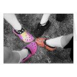 Crocs coloreado y tarjeta suave de los zapatos