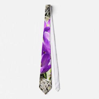 Crokus Vern Flower Tie