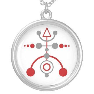 crop cirkle V Silver Plated Necklace