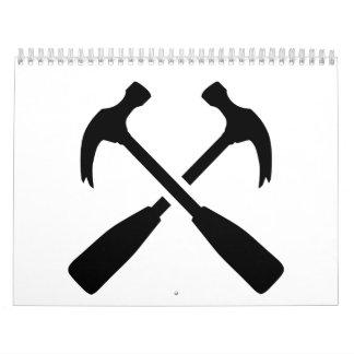 Crossed carpenter hammer calendar