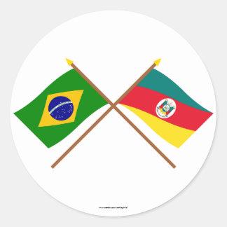 Crossed Flags of Brazil and Rio Grande do Sul Classic Round Sticker