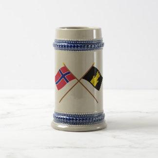 Crossed flags of Norway and Finnmark 18 Oz Beer Stein