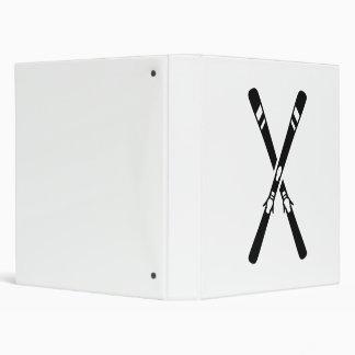 Crossed ski 3 ring binder