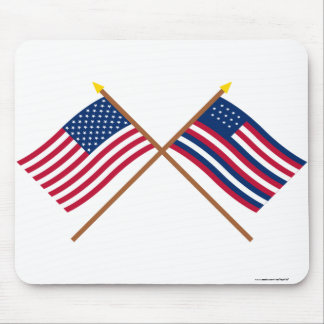 Crossed US and Serapis Flags Mouse Pads