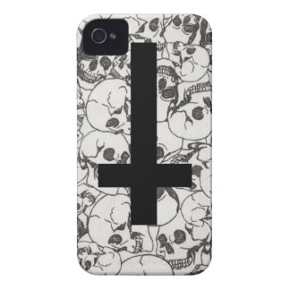 Crosses and Bones iPhone 4 Case