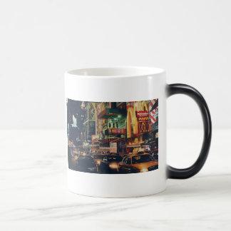 """""""Crosstown Traffic"""" New York Watercolor Art Magic Mug"""