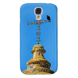 Crow perched on Iron cross Galaxy S4 Covers