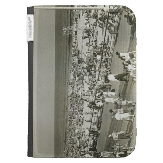 Crowded Beach Kindle 3 Covers