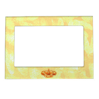 Crown in Gold Magnetic Frame