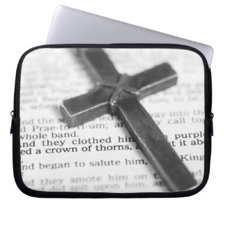 Crown of Thorns Passage with Cross Laptop Sleeve