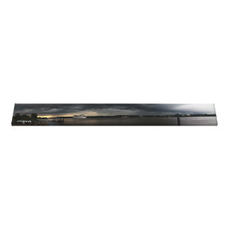 Crucero bajo nubes oscuras (panoramas) impresión en lona