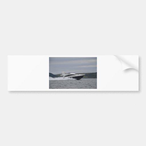 Crucero del motor a la velocidad etiqueta de parachoque