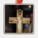 Crucifijo del relicario, Cristo de marfil en cruz  Ornamento Para Reyes Magos