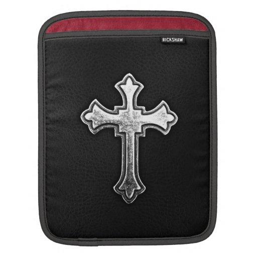 Crucifijo metálico en el cuero negro mangas de iPad