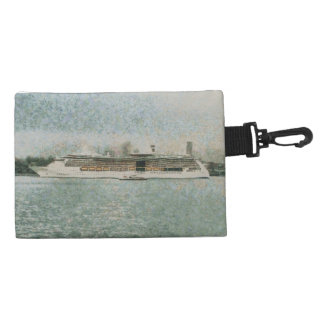 Cruise ship at rest accessories bag
