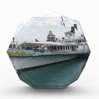 Cruise ship for leisure trip on Lake Thun Awards
