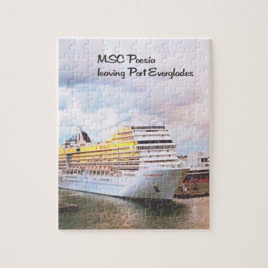 Cruise ship leaving port jigsaw puzzle