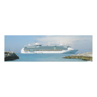 Cruise Ship Off CocoCay 20 Panel Wall Art