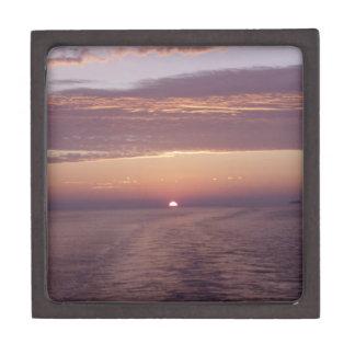 cruise sunset premium gift box
