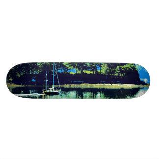 cruising sailboat skateboard