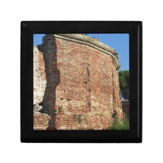 Crumbling brick wall jewelry boxes