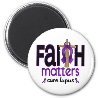 Cruz 1 de las materias de la fe del lupus imán redondo 5 cm