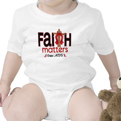 Cruz 1 de las materias de la fe del SIDA Camisetas
