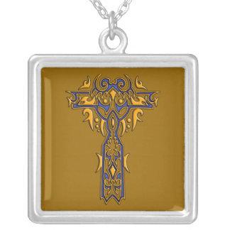 Cruz adornada cristiana 8 joyerías