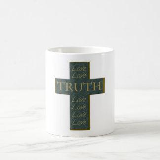 Cruz, amor, taza de la verdad