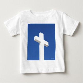 Cruz blanca camisas