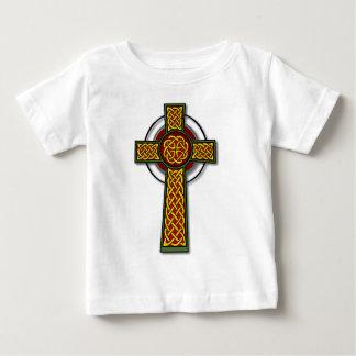Cruz céltica (de largo, color) polera