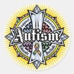 Cruz céltica del autismo etiqueta redonda