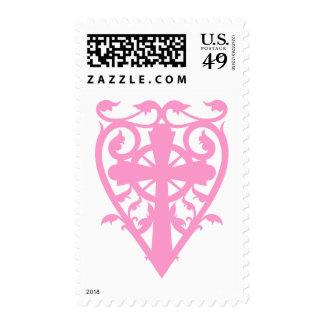 Cruz céltica del cementerio gótico en rosa del franqueo