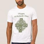 Cruz céltica del día de St Patrick feliz Camiseta