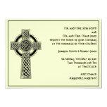 Cruz céltica en negro y marfil mítica invitación 12,7 x 17,8 cm
