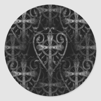 Cruz céltica en puerta gótica de la cripta del pegatina redonda
