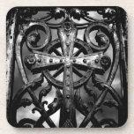 Cruz céltica gótica del hierro labrado del victori posavaso