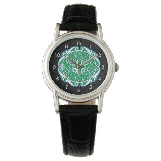 Cruz céltica negra blanca verde relojes de mano